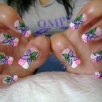 Trendy and stylish nails for girls (5)