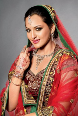 Sonakshi Sinha hot pictures (10)