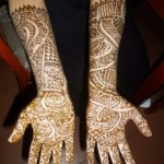 Beautiful Eid Mehndi Designs collection 2013 for girls (2)