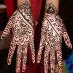 stylish mehndi colors for winter