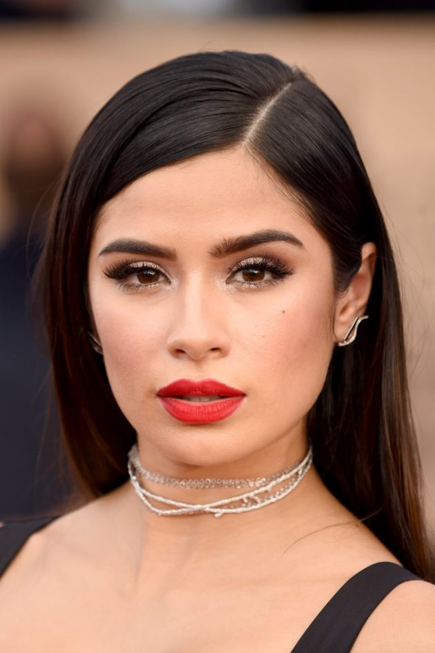 2017 SAG Awards – Best Beauty Looks You Must See of 9 by Karen
