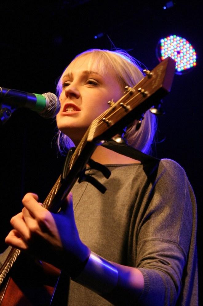 Laura Marling3 (c) Hella Wittenberg