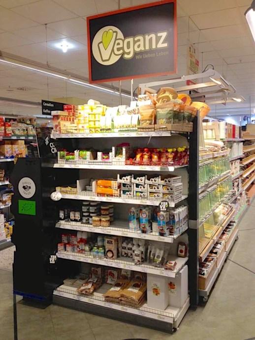 veganz-shelf-in-kaisers