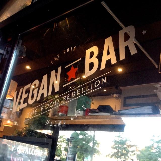 5 Vegan Bar Malmö - window sign