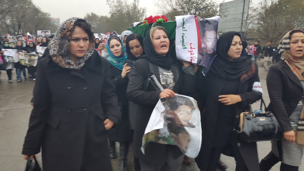 Ms. Koofi joined the Protest against killing of Afghan Passengers