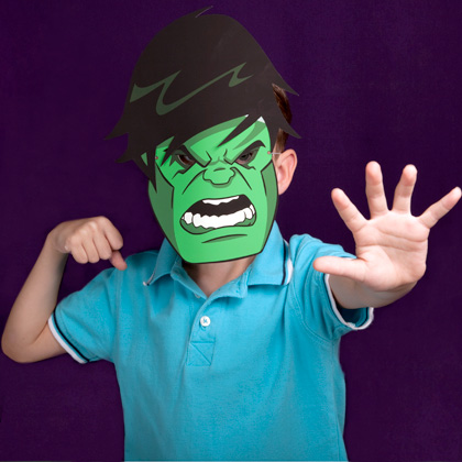 Máscara do incrível hulk do Site da Disney!