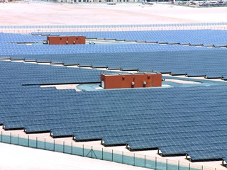 الإمارات تعلن سلسلة مبادرات لتسريع نشر الطاقة النظيفة دعماً لأجندة الأمم المتحدة