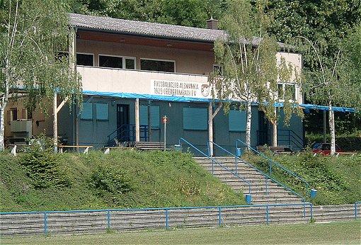 Clubhaus FCO - Helmsheimer Straße