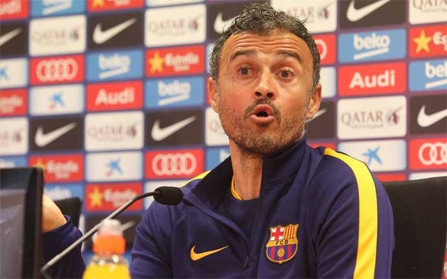Luis Enrique reacts to FC Barcelona's scoreless draw at Villanovense