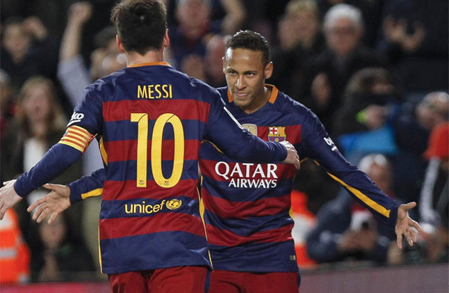 Lionel Messi celebrates his 500th game with a goal