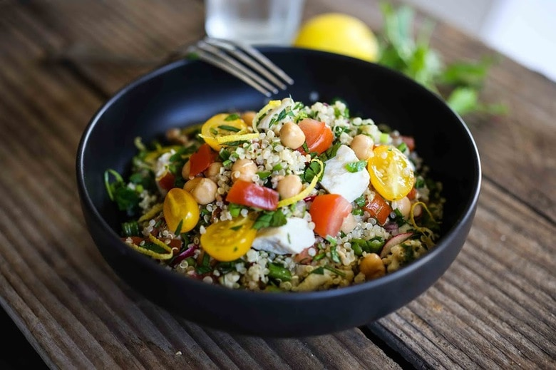 delicious recipe for Quinoa Salad with summer tomatoes, Chicken (or ...