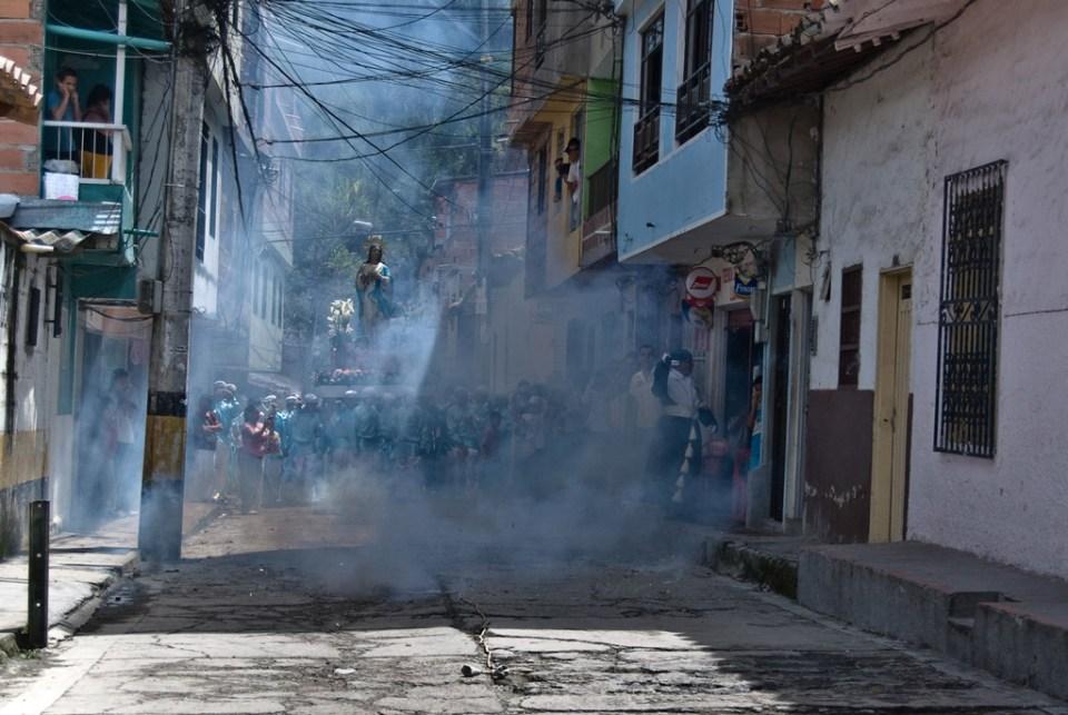 FedericoRuiz.com-Domingo-De-Resurrecciones-08.Por-fin-explosiones