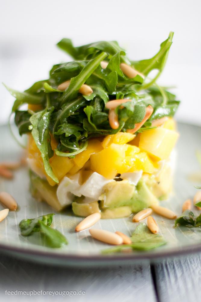 avocado mozarella mango salat single rezept rezepte suchen. Black Bedroom Furniture Sets. Home Design Ideas