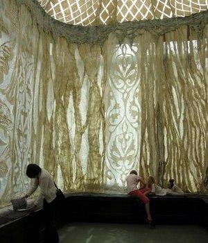 interiorpalaceyurt-cooper-hewittmuseum-nyc-fashionngfelt