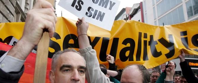 GAY WEDDING PROTESTS