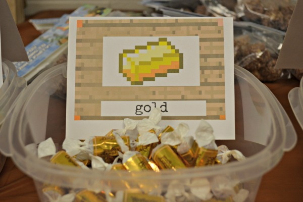 minecraft gold party treat