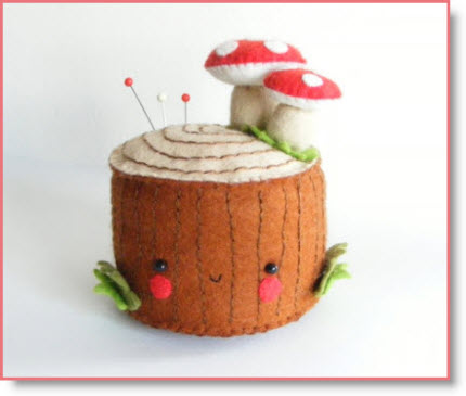 Felt Tree Stump Pincushion Tutorial