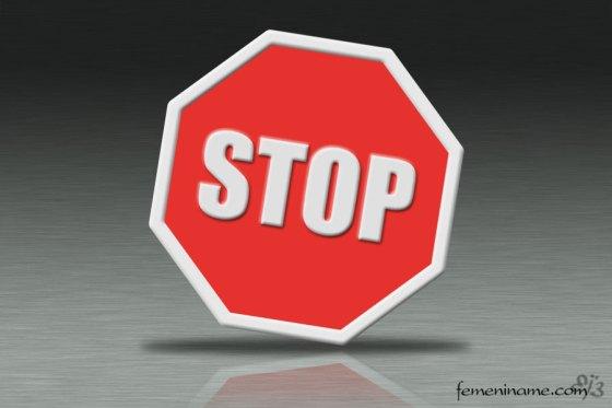 stop_femeniname