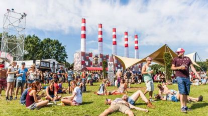Featured image for 'A Campingflight to Lowlands Paradise 2016 *OFFICIAL*'