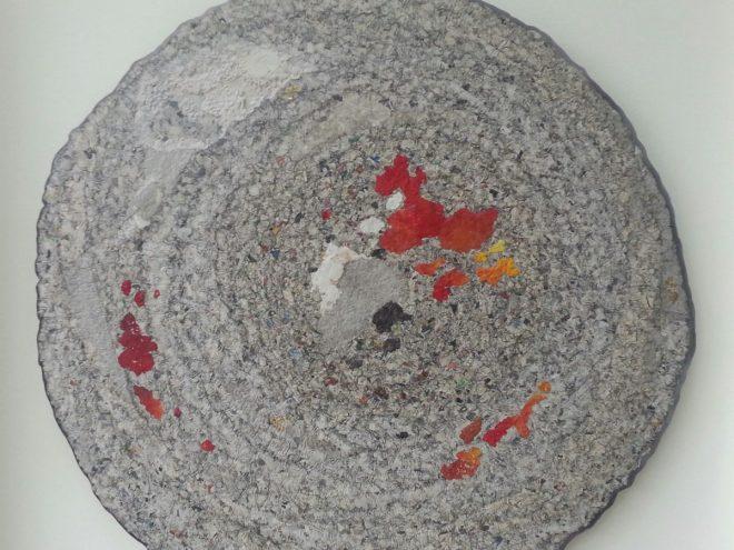 NOUVELLES du MONDE n°17 - Acrylique sur papier maché (Ø 94cm) (2015)
