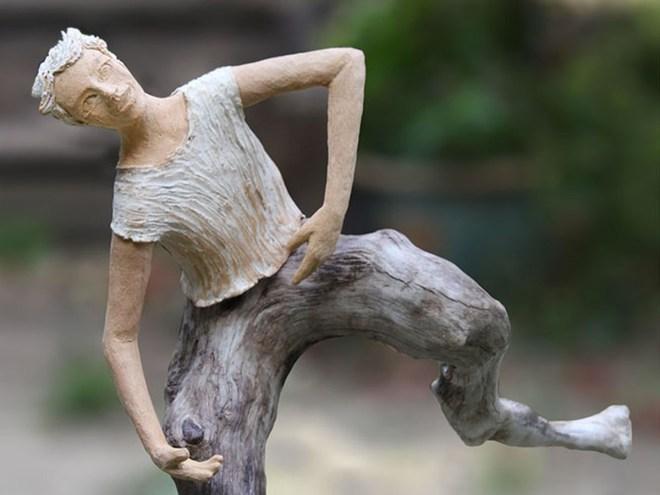 SALTIMBANQUE 1 - Céramique et bois flotté (92x76) 2017