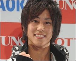 sano7 仮面ライダー鎧武主演、佐野岳一卵性双生児の弟佐野渓は兄よりイケメン