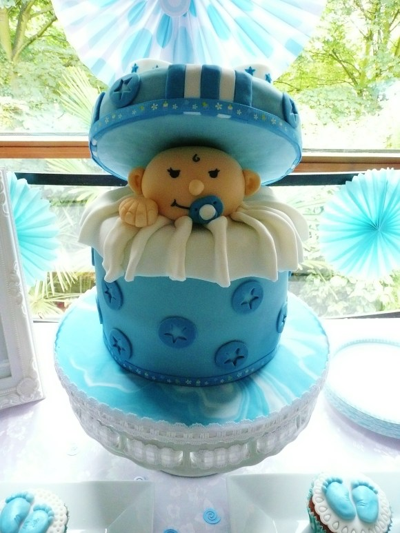 baby-boy-shower-surprise-cake