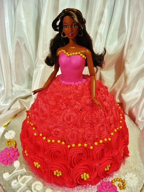 barbie-doll-cake-gold