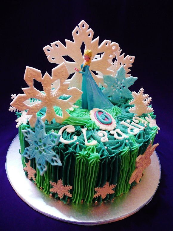frozen-elsa-buttercream-cake