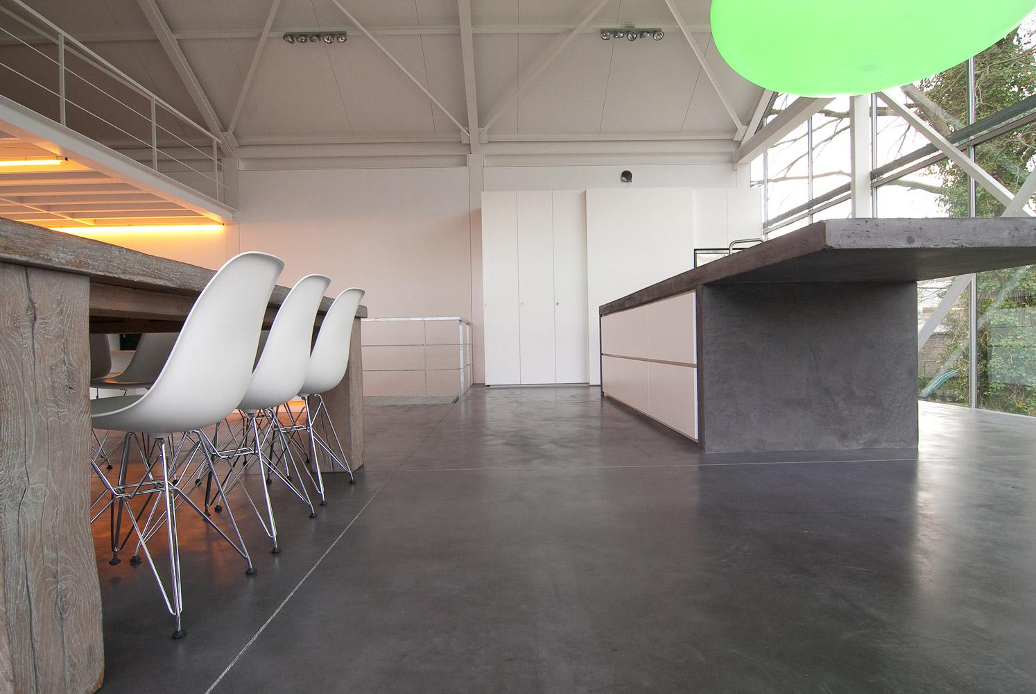 showcase greenhouse concrete kitchen table image