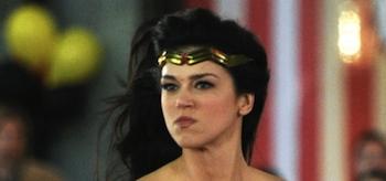Adrianne Palicki, Costume, Wonder Woman 2011, Set