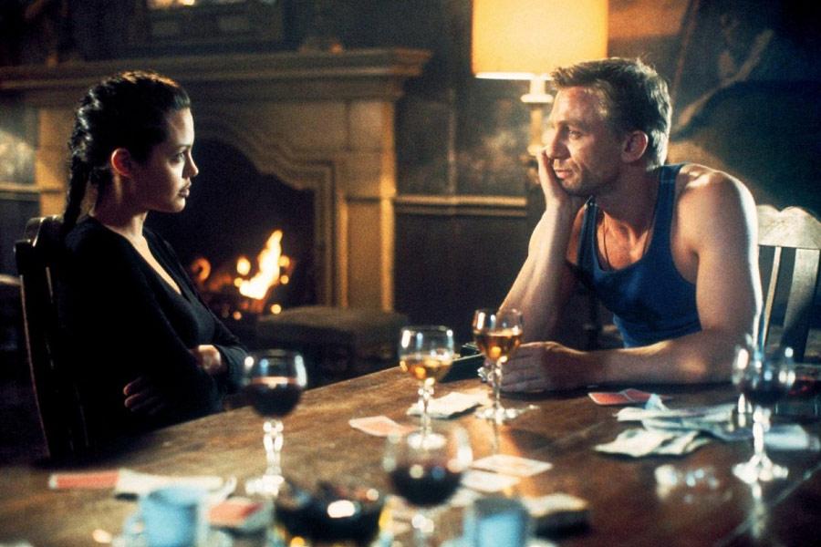 Angelina Jolie, Daniel Craig / Tomb Raider (2001)