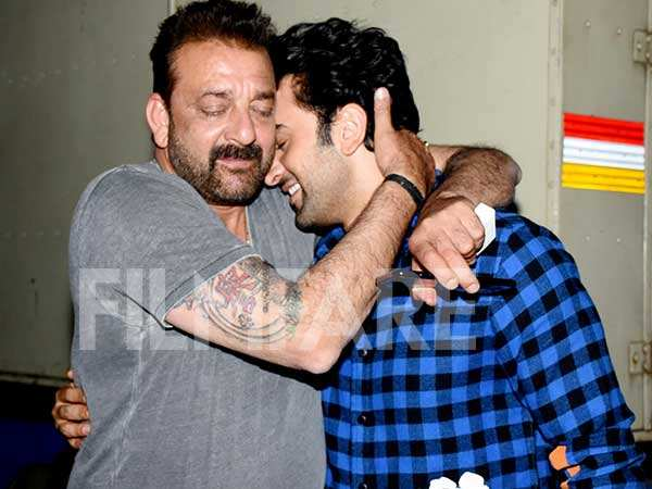 Sanjay Dutt and Ranbir Kapoor to come together for a special song     Sanjay Dutt and Ranbir Kapoor to come together for a special song