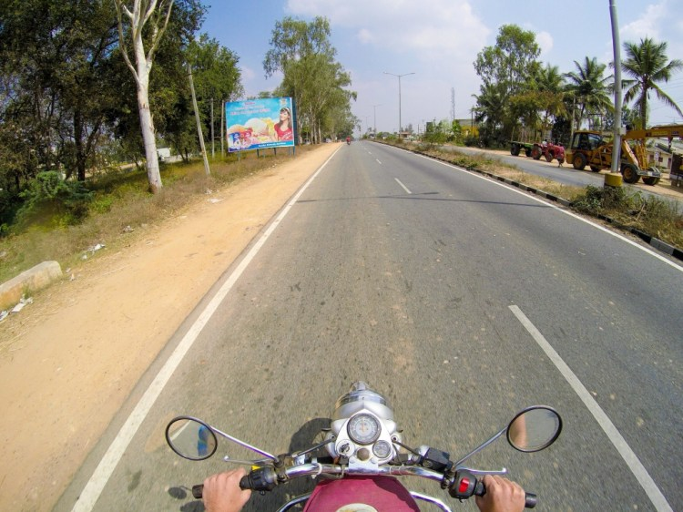 Motorcycle highway Mysore to Bangalore