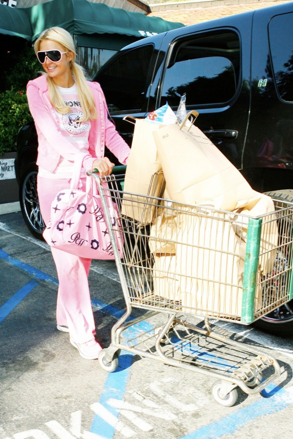 juicy-paris-hilton-shopping.nocrop.w1800.h1330