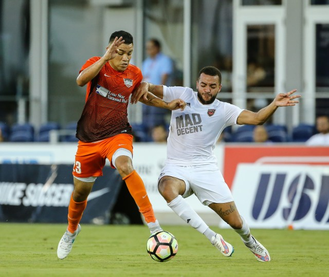 Phoenix Rising FC's Jordan Gibbons, right, fights for the ball with Rio Grande Valley FC's Jose Escalante during the match Saturday, Aug. 12, 2017 at H-E-B Park in Edinburg, Texas. Photo provided by Rio Grande Valley FC