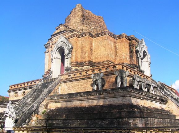 Still magnificent, the Wat Chedi Luang.