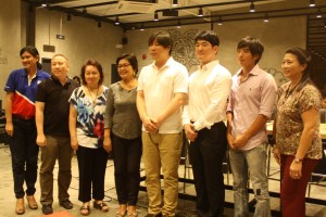 The Tom N Toms Coffee executives with Bacolod City first lady Paching Fuentebella (third from left) and guests.