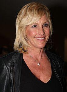 Photo of Erin Brockovich courtesy of Wikipedia.