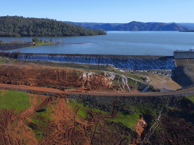 Briefing: In 2005, Groups & Water Agencies Warned Oroville's Unarmored Auxiliary Spillway Poses  Major Risks