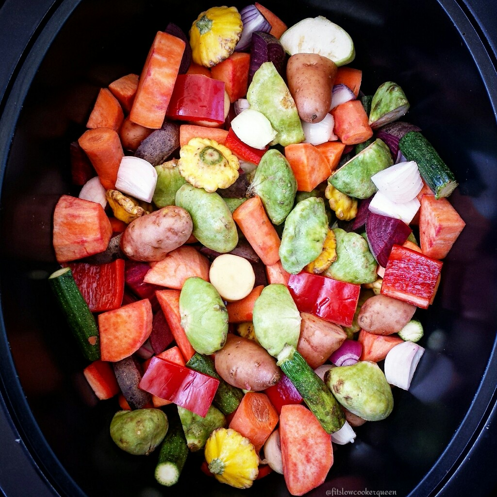 Slow Cooker Cirtus Chicken, Potatoes & Veggies