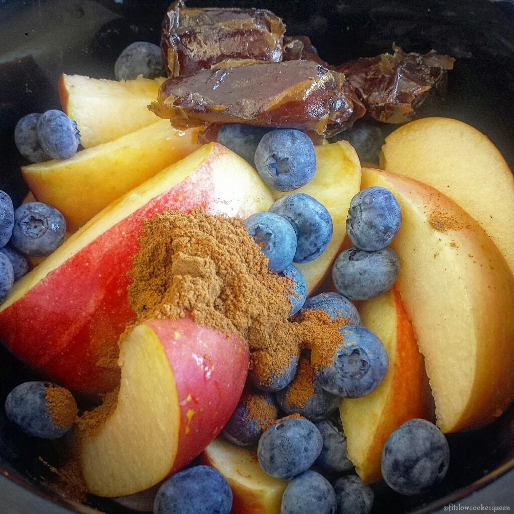 5-Ingredient Slow Cooker Applesauce
