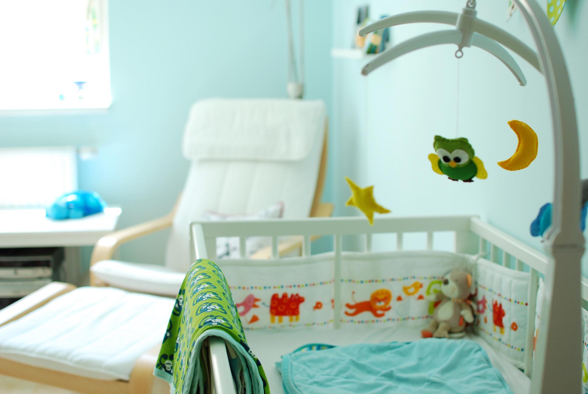 kinderzimmer baby boys room fit happy. Black Bedroom Furniture Sets. Home Design Ideas