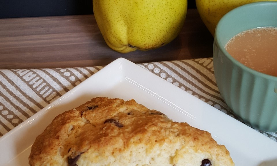 chocolate-and-pear-scone-with-pears