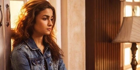 Dear Zindagi (2016) review: Love, life and lessons in between