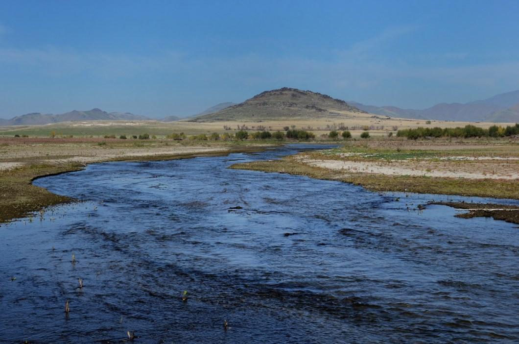 Tule River originates in the Sierra Nevada east of Porterville,the South Fork meets the others at Lake Success.