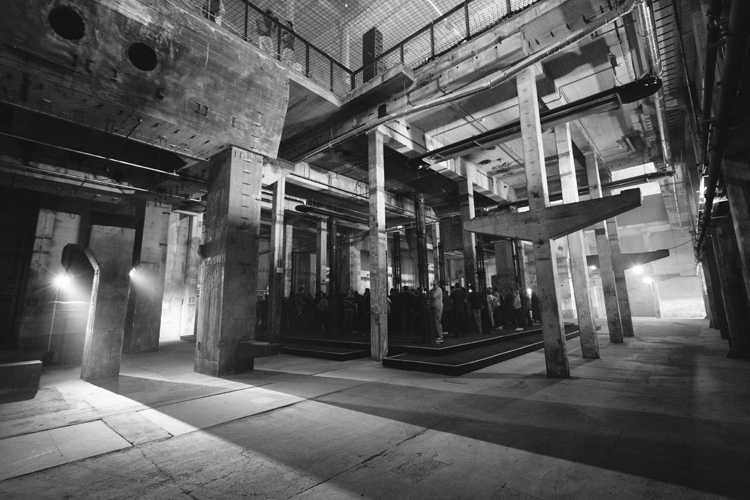 02_berlin-atonal-2014-high-res-®-camille-blake-181