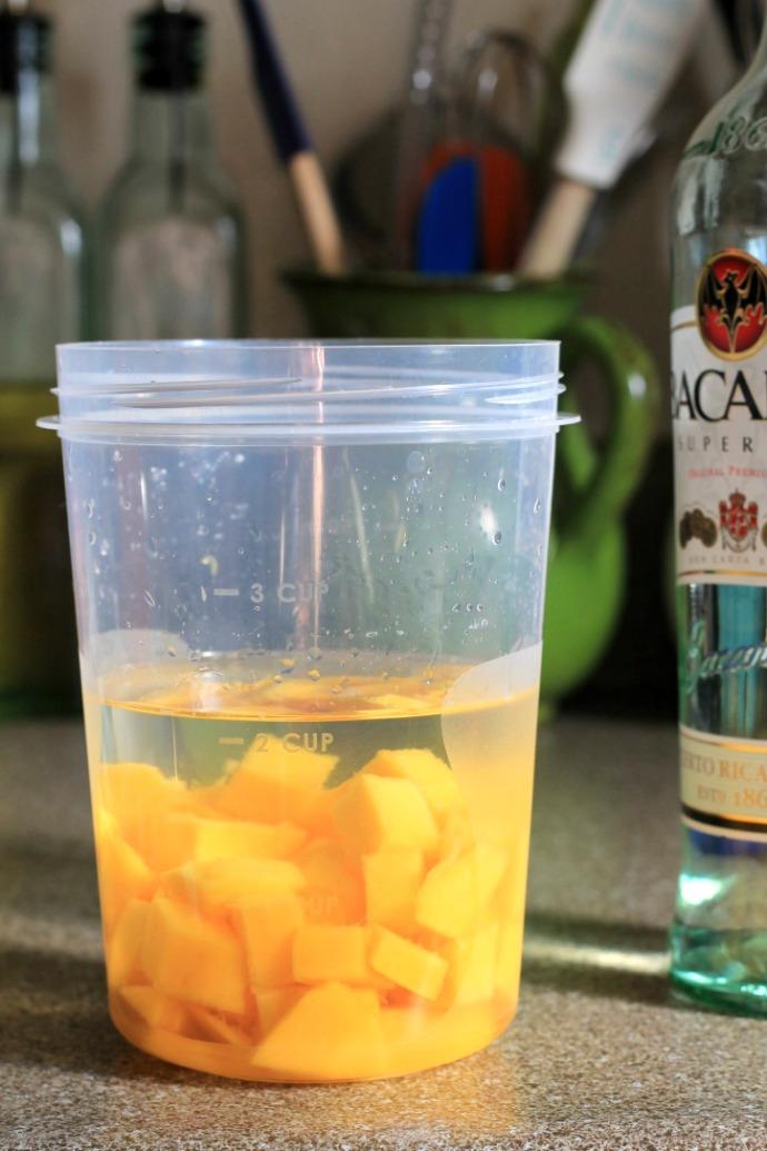 spicy mango basil mojito