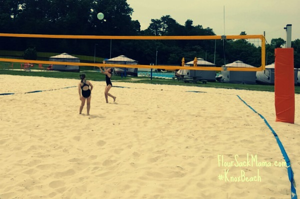 Knox Beach Sand Volleyball