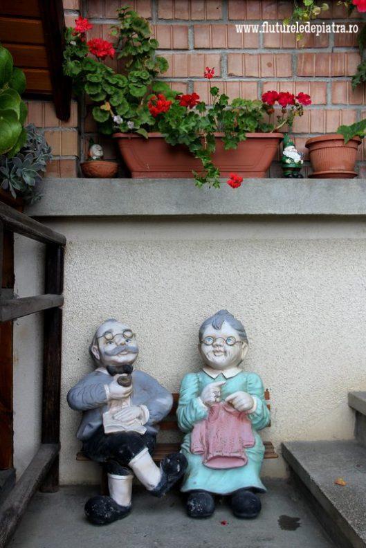 figurine decor magura